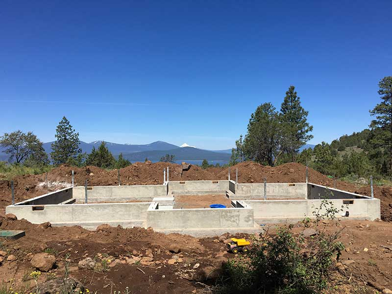 Klamath County Oregon Craftsman Timber Frame Home Under Construction