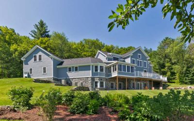 Spring and Summer Timber Frame Home Photos