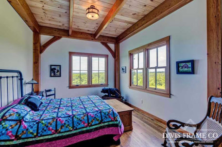 Timber frame barn in New Hampshire
