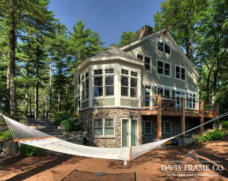 Lakeside home in NH