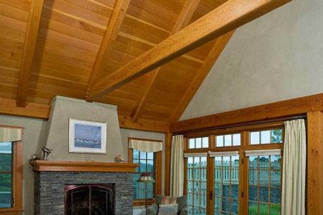 Post and beam house in Massachusetts