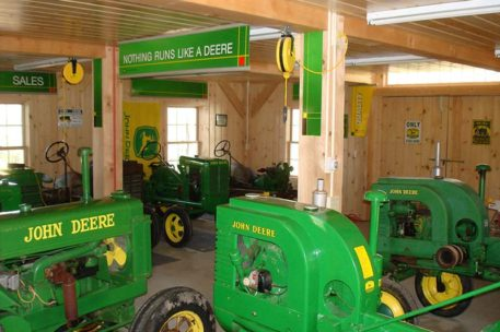 timber-frame-tractor-barn-2