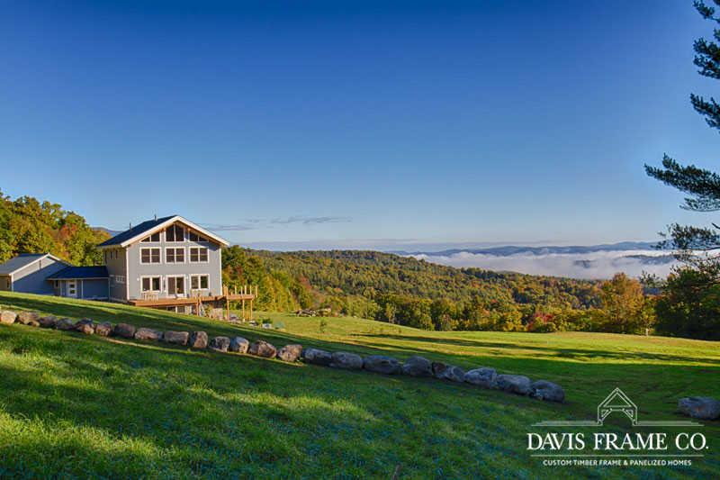 Modern barn home in Vermont