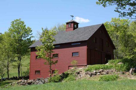 vermont-timber-frame-barn-1