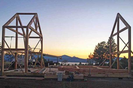 oregon timber frame raising